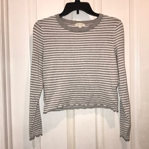 Grey and white striped long sleeve crop top